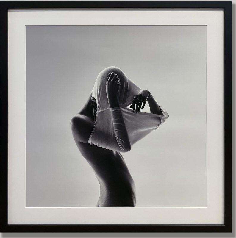 Modern Contemporary Monochrome Fine Art Framing Matboard Border Matte Black Frame